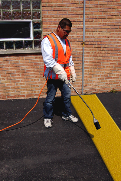 PR-TH-3495 - Yellow Lines - Preformed Thermoplastic Items - MUTCD/FHWA
